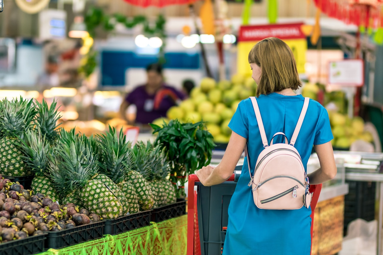 reasons to shop at a wholesale club